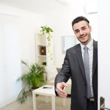 The Lowdown on Open House Etiquette for Home Buyers